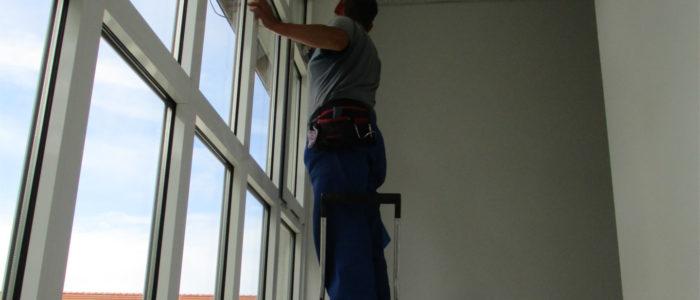 Umfassende Glasreinigung und Reinigung nach Hausfrauenart